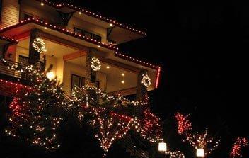 Holiday Lighting Eugene
